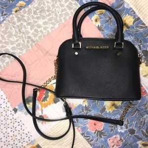 Mini side bag WILL ACCEPT OFFERS!!!